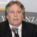 Ministro de Economía Lorenzo suspende su comparecencia ante el Parlamento