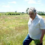 """Diatribas de Mujica en contra de la """"plaga financiera"""" levantan fuerte polvareda internacional y derivan hacia medidas contra extranjerización de la tierra en Uruguay"""