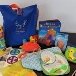 """Entregan """"set de bienvenida"""" con cubiertos, mantas y libros y CD didácticos a 2.000 familias vulnerables"""