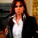 Gobierno de Kirchner pide reunión extraordinaria de FMI para examinar política hacia Argentina