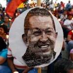 Gobierno reitera que Chávez sigue al mando, desmiente rumores sobre inestabilidad