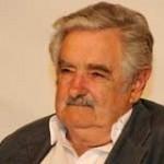 "Mujica recibe premio Iberoamericano ""Libertad Cortes de Cádiz"""