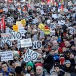 """Una """"marea ciudadana"""" inunda Madrid en protesta contra la austeridad y la corrupción"""