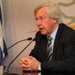 Astori no descarta acuerdos de precios en tarifas públicas para combatir inflación