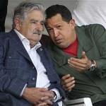 Presidente Mujica y canciller Almagro expresan pesar por deceso de Chávez