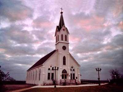 Sin fieles: católicos cierran 400 iglesias y capillas, y ...