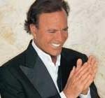Julio Iglesias el artista latino que más discos vende en el mundo: 300 millones