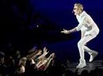 Justin Bieber enfurece a sus fans por retraso en concierto en Londres