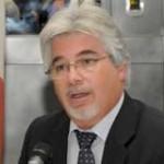"""Ministro Aguerre defendió """"revolución del trabajo"""" y alentó UTEC para el agro"""