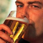 """Científicos de Yale descubren que el alcohol puede """"alimentar"""" el cerebro"""