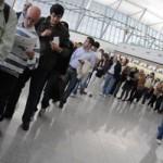 Trabajadores de aviación civil retrasarán vuelos por conflicto con Ministerio de Defensa