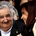 """""""Amigos"""": Mujica y Cristina Fernández se reunirían en las próximas 48 horas en Lima"""