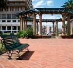 Cooperativas de vigilancia y limpieza abandonan parques y plazas por deudas
