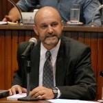 Defensor del Vecino deja su cargo con fuerte crítica a la gestión municipal