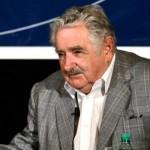 Mujica pide coordinar acciones de departamentos jurídicos