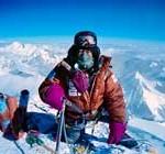 Conquista el Everest con 80 años, pero otro escalador de 81 comienza el ascenso