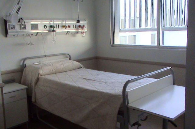 Versiones enfrentadas ante fallecimiento de beb en for Cama abierta