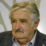 """Mujica: """"No podemos hacer magia, podemos compartir lo que tenemos"""""""