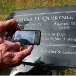 """Incorporan """"chips"""" en lápidas con toda la información de los fallecidos"""