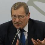 Ministro Ehrlich y director de Secundaria analizarán pertinencia de su licencia