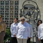 Mujica resalta buen momento de integración latinoamericana al llegar a Cuba