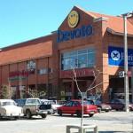 Trabajadores de supermercados paran este sábado por regulación de horarios
