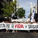 Movilización por 18 de Julio y hasta la Torre Ejecutiva pidió mayor seguridad pública