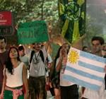 """""""Me governa Mujica"""": marcha en Río reclama """"maconha legal"""" como en Uruguay"""
