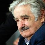 Mujica no piensa realizar cambios en su gobierno por campaña electoral