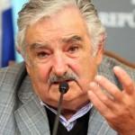 Mujica: productividad, inversión y tecnología para sostener ingreso de pasivos