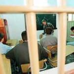 Más de 3.000 reclusos han recibido cursos de Enseñanza Media desde 2001