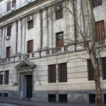 Gobierno analiza modificar aportes de IRPF y cambios en IRAE