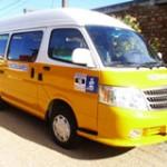 Transportistas escolares denuncian que el 90% de los niños viajan inseguros