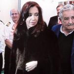 Mujica y Cristina bautizaron Francisco Papa al ferry más moderno del mundo, de Buquebús