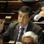 Dirigente nacionalista irrumpe en comité de base del FA y genera controversia