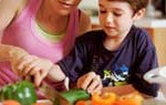 Niños con padres de nivel educativo alto consumen menos productos que engordan