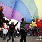 """Pedirán a Fernández Huidobro declarar al Ministerio de Defensa """"libre de homofobia"""""""