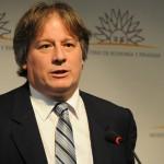 Lorenzo asume responsabilidad por caída de Ley de PLUNA