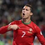 Cristiano Ronaldo, con tres goles contra Suecia, clasifica a Portugal para el Mundial de Brasil