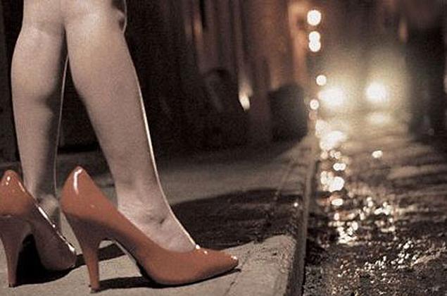 codigo de hammurabi derechos de mujeres y niños prostitución juvenil