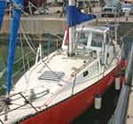 Rematan vehículos y un velero incautados al crimen organizado