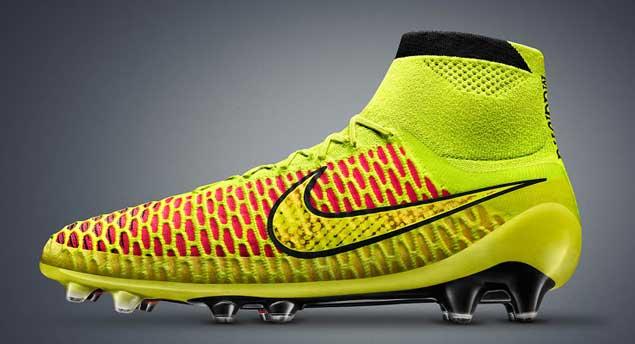 """39d99f54a0761 Nike y Adidas presentan revolucionarias """"botas"""" de fútbol y bregan ..."""