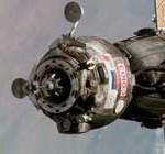 Fracasa acoplamiento de la Soyuz rusa a la Estación Internacional, con 3 astronautas a bordo