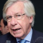 Danilo Astori acusa a Tenfield de ser la causa de los males del fútbol uruguayo