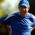 Nacional: Pelusso tiene definida la defensa, pero mantiene dudas en el ataque