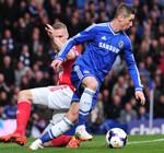 Chelsea y City ganaron y meten presión al Liverpool de Suárez