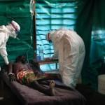 En Guinea los enfermos del virus del ébola esperan resignados la muerte ineluctable