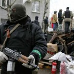 "Kiev amenaza con liquidar a insurgentes prorrusos, Moscú advierte una ""inminente"" guerra civil"