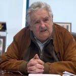 Mujica exhortó a no practicar una solidaridad verbal, sino de compromiso real