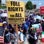 """""""No más familias rotas"""", piden trabajadores latinos contra deportaciones en Estados Unidos"""